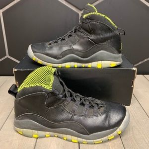 Used Air Jordan 10 Venom GS Shoe Size 6.5Y Kids
